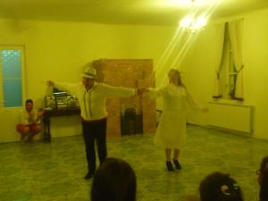 Moldovan confrere Andrei teaches dance