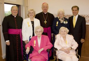 Pontifice-Cross-Honorees.jp